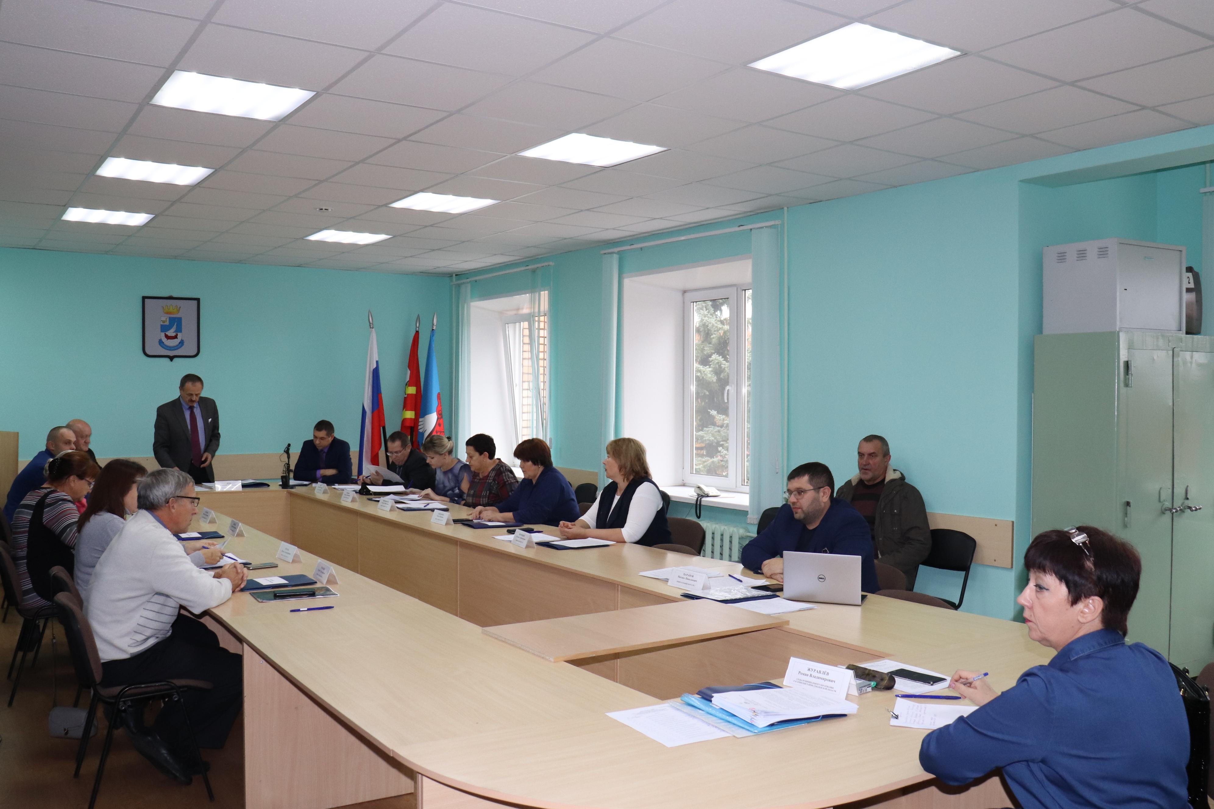 Прошло очередное заседание совета депутатов